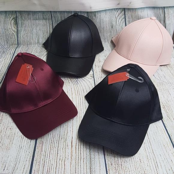 ed6ca224f03 4 MOSSIMO WOMENS BASEBALL STYLE HATS. NWT. Mossimo Supply Co.